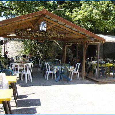 Camping le Mas de l'Aubezon
